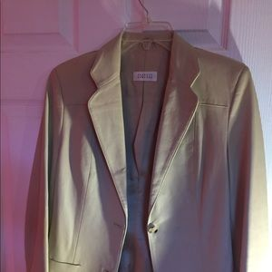 100% Leather Blazer!!!